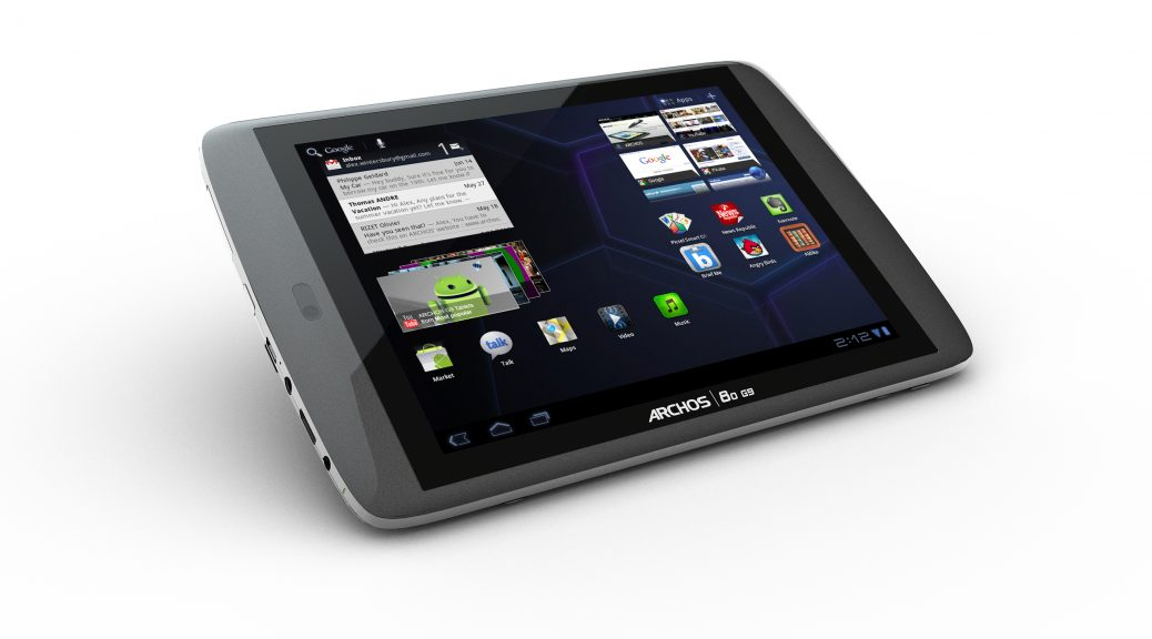 ARCHOS-80-G9-home-automation-tablet-touchscreen-angle-hires